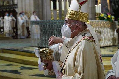 Πάσχα Παπικών με την παρουσία του Μητροπολίτη Ισπανίας & Πορτογαλίας Βησσαρίωνος.